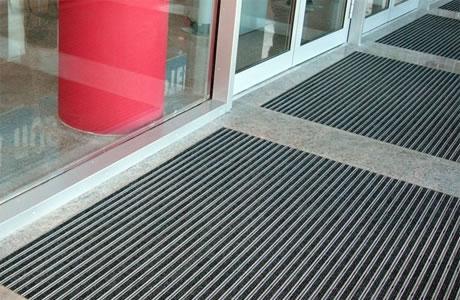 Грязезащитные покрытия - вторая ступень грязезащиты